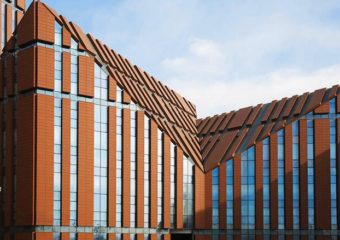 PROYECTO LOPO TERRACOTTA CLADDING: SHENYANG YOUTH ACTIVITY CENTER