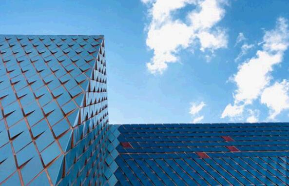 Diamond-shaped Terracotta Rainscreen Panel curtain wall creates strange visual effects