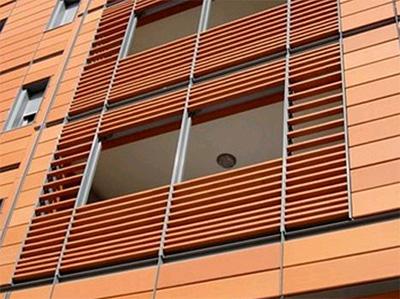 Underhåll och reparation av Terrakotta gardinvägg