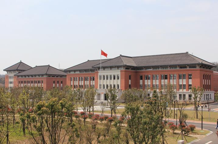 Retroretro clay brick tile building-Zhejiang University Zhoushan Campus